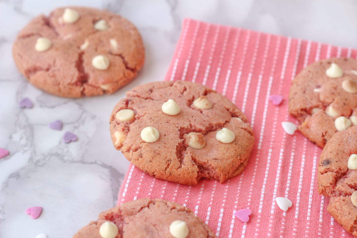 close up of strawberry white chocolate cookies
